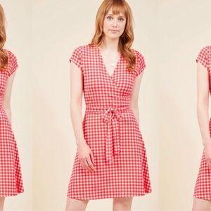 ModCloth Leota Checkered Plaid Wrap Dress